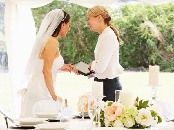 Свадебный распорядитель на свадьбе